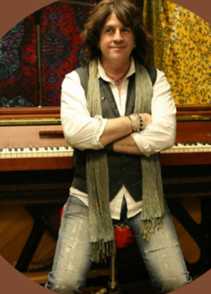 Bob-Malone-high-energy-piano-rock-and-blues-concerts